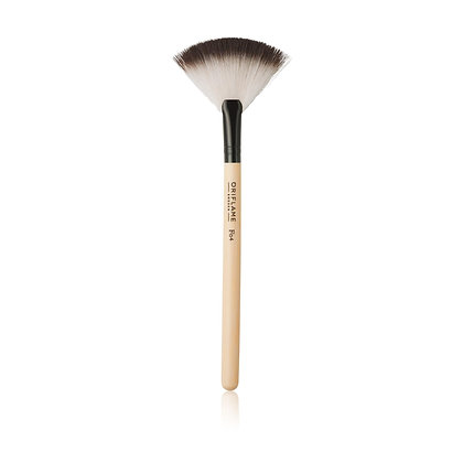 Precision Fan Powder Brush