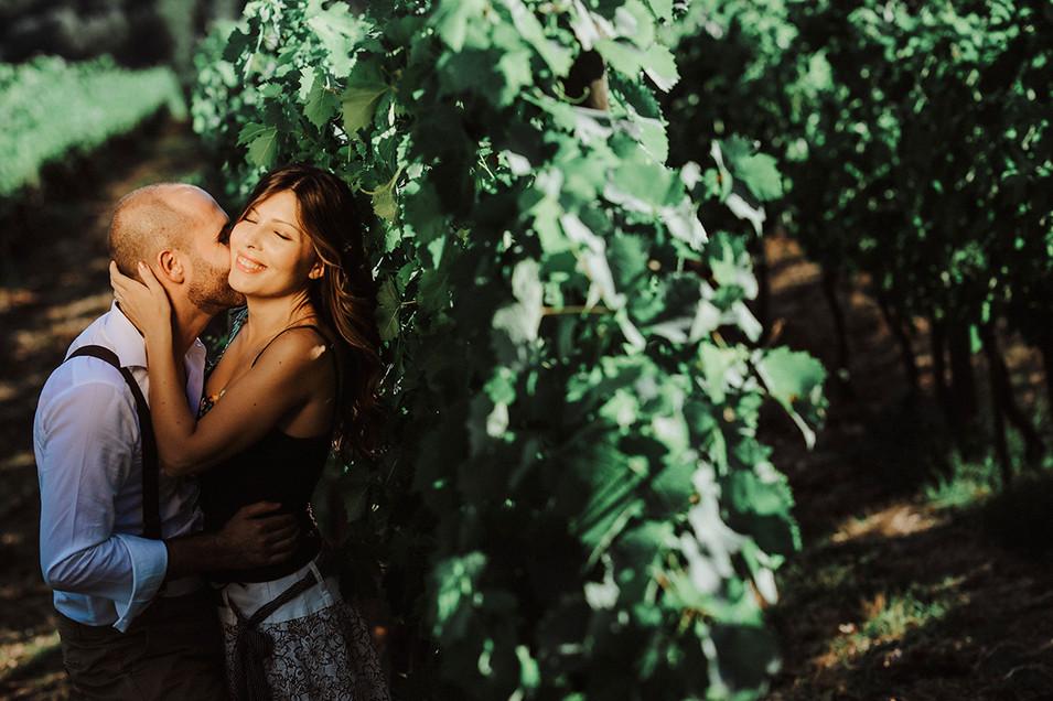 Romantic love wine