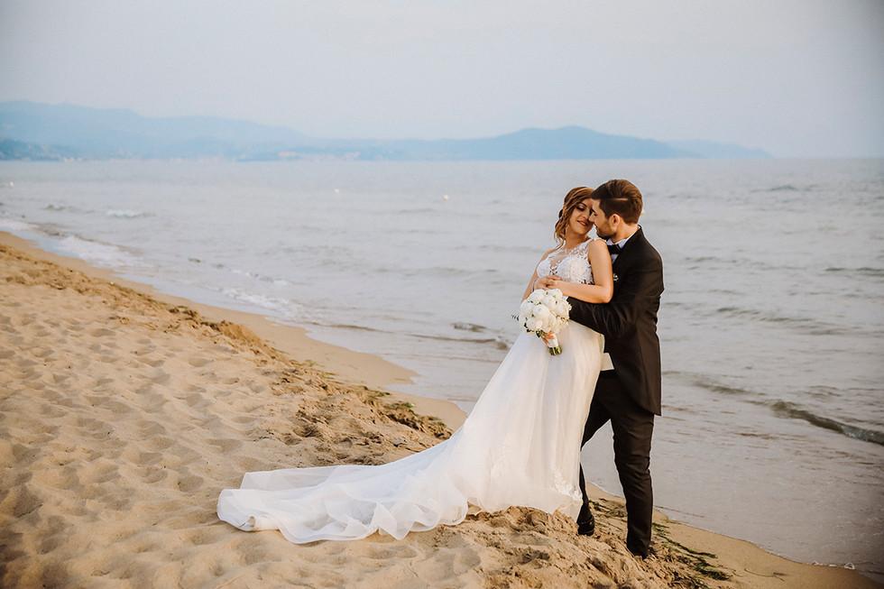 Hug on the beach