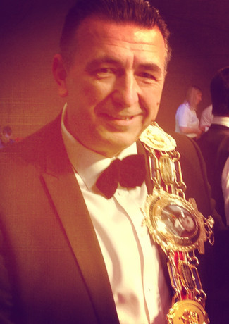 Yes, it's the Lonsdale belt