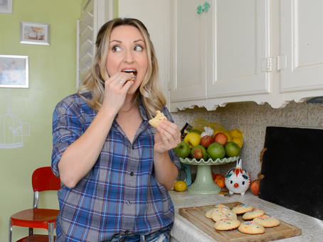 Reluctant Housewife: Cake Mix Cookies