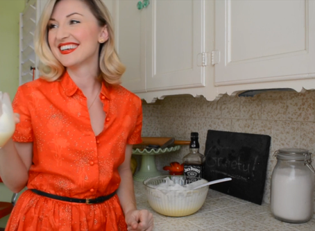 Reluctant Housewife: Holiday Eggnog