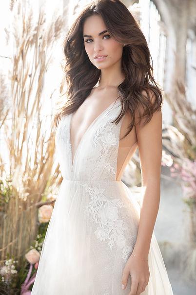 tara-keely-lazaro-bridal-fall-2019-style
