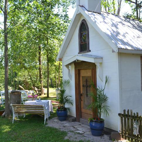 Little White Chapel in Tweed