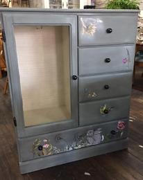 bluny dresser.PNG