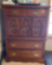 70 dresser before.PNG