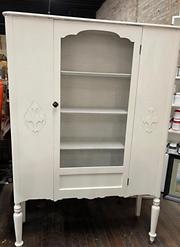 white door hutch.PNG