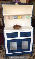 new paint hutch front.JPG