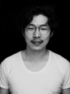김진순 흑백.jpg
