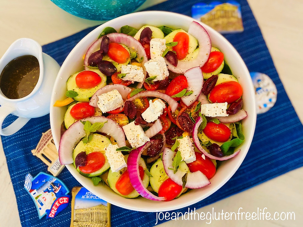 Learn how to make the traditional Greek salad with a honey-lemon vinaigrette.