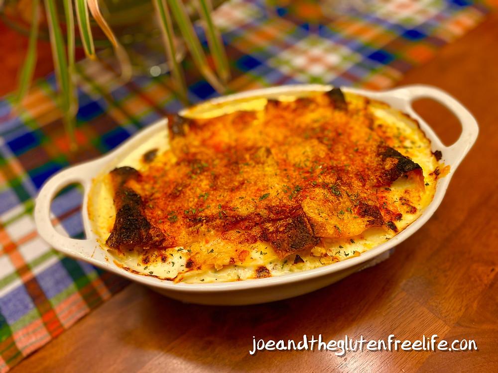 An easy to make delicious white sauce lasagne with turkey, ricotta, mozzarella, and spices.