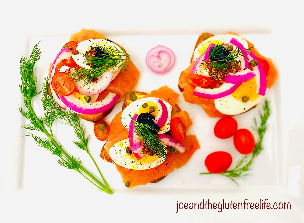 Discover this easy to make and delicious traditional Scandinavian open sandwich!