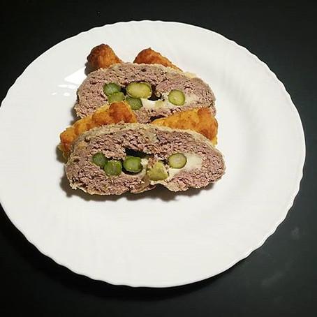 Polpettone di Carne con cuore di Asparagi e scamorza di Agerola