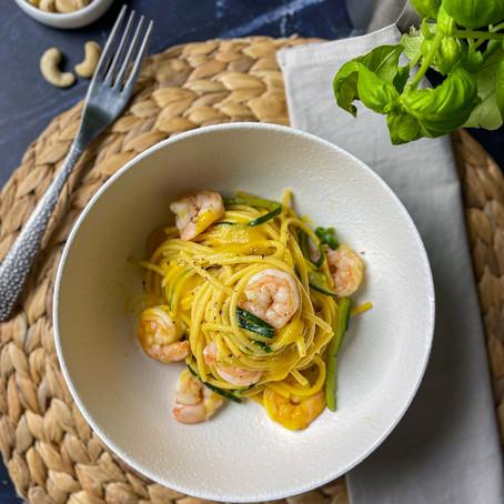 Spaghetto crema di Zucchine e curcuma e Gamberi