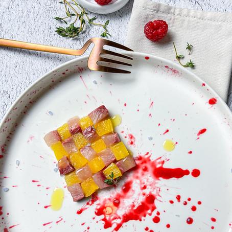Tetris di tartare di pesce spada ed ananas