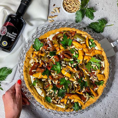 Crostata salata, peperoni all'aceto Balsamico Igp e pinoli