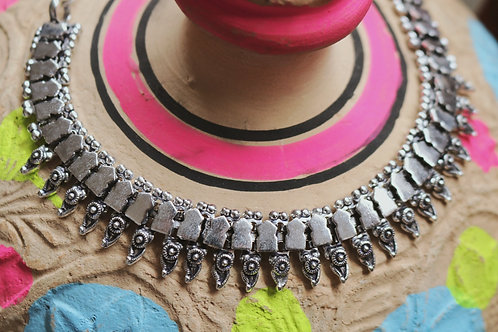 Short Spiked Necklaces