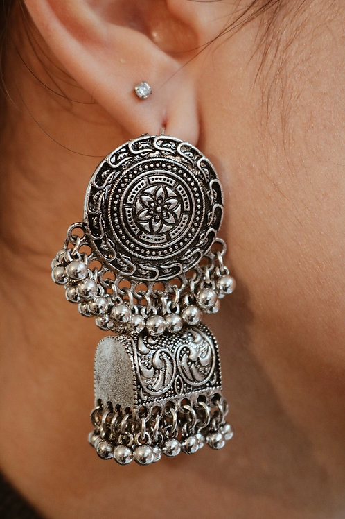 Embossed Flower Trunk Jhumka