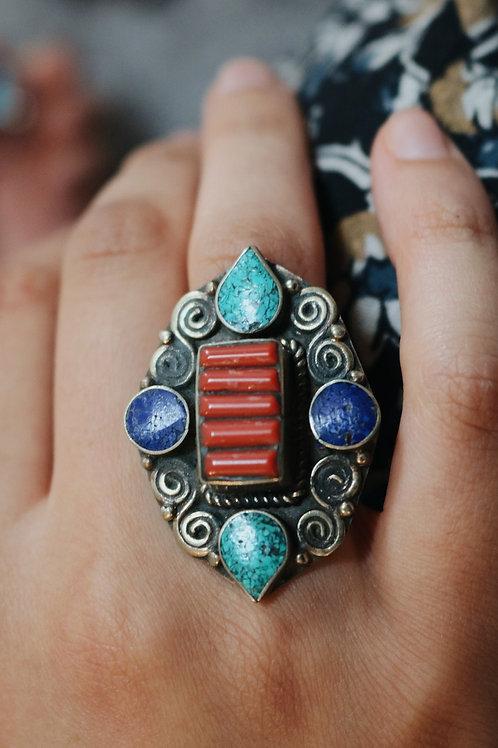 Nepali Swirl Detail Ring