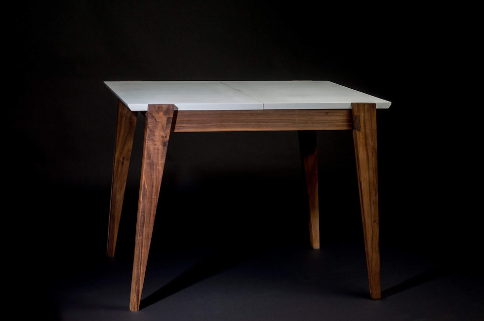 Bespoke extending table by Diggory Rush