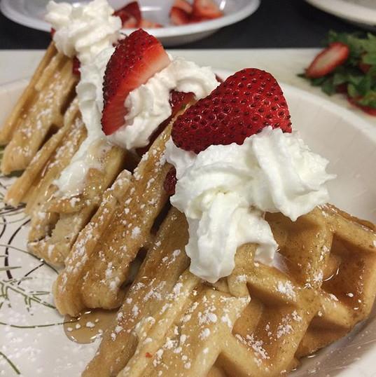 Waffles & homemade whip cream