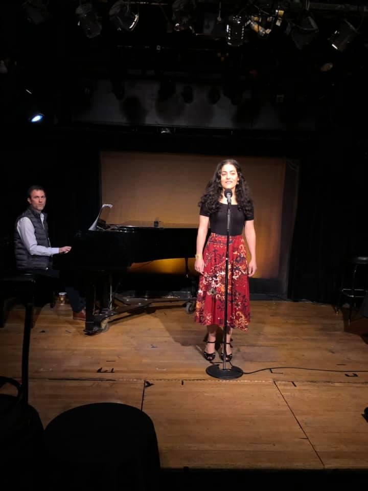 """Laura Ricciardi singing """"Dear Philippe"""""""