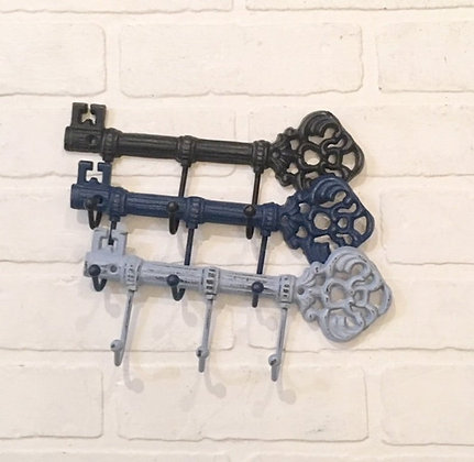 Key Holder For Wall, Key Holder, Decorative Hooks, Key Holders, Skeleton Key, Key Hooks, Key Hook, Shabby Chic Hook, The Shab