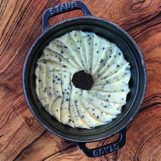 La simplicité d'une purée à la truffe ! 👌_#purée #joëlrobuchon #truffe #simplicite #gourmand #gastr