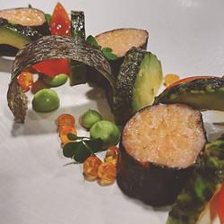 Saumon confit, avocat et croustillant de saumon__#cook #cooking #gastronomy #gastronomie #work #pico