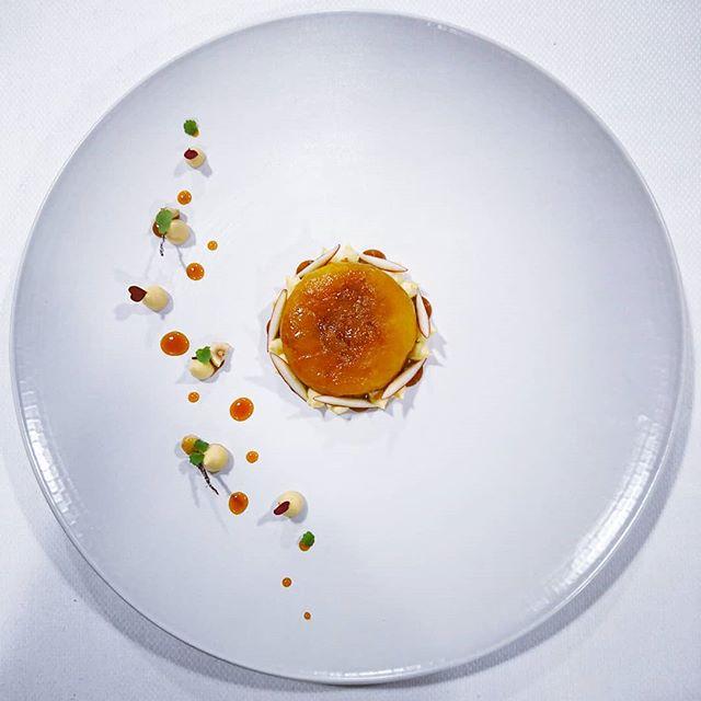 #pastry #tarte #tatin #tartetatin #new #gastronomy #gastronomie #work #pastrylife #pastrychef #haute