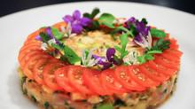 Tartare de saumon et crevette aux fruits de la passion et au lime