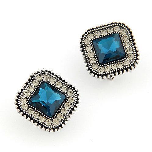 Exquisite luxury shining square gem ear studs ( sapphire blue )