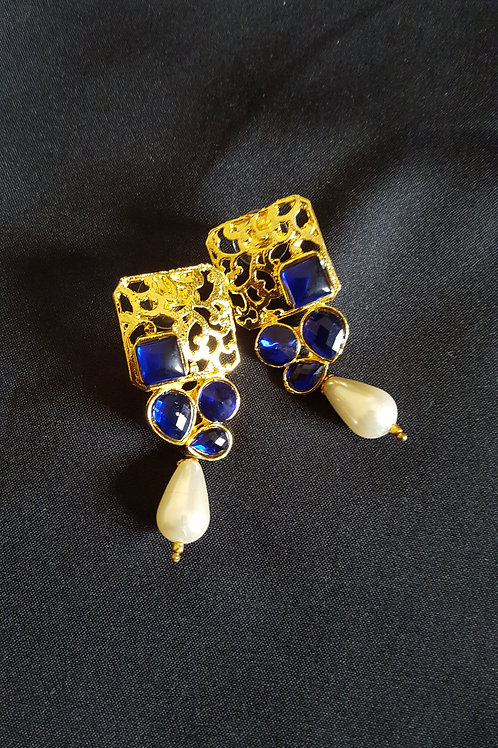 Gold Plated Alloy beautiful Cocktail Earring