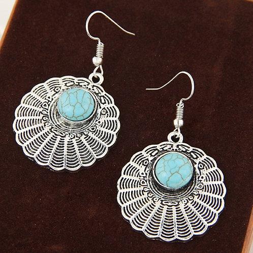 Metal vintage shell green turquoise earrings