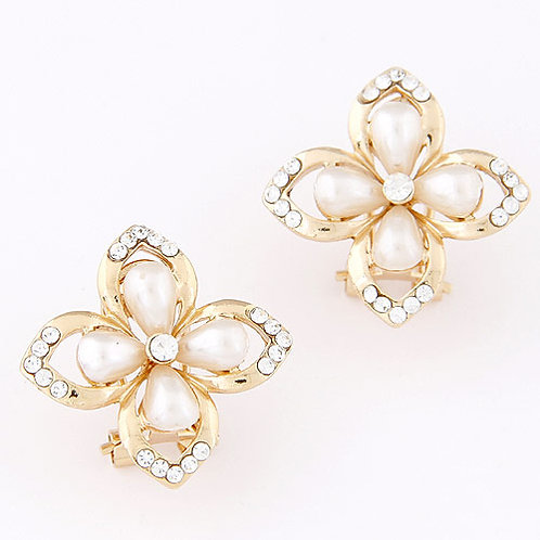 Exquisite Sweet concise our-leaf clover earrings ear studs