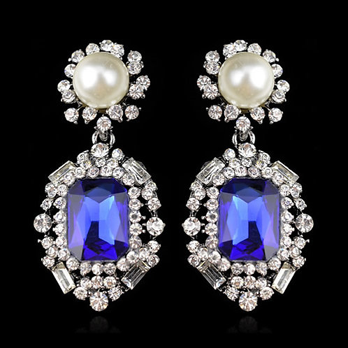 Exquisite fashion delicate pearl earrings ( royal blue)