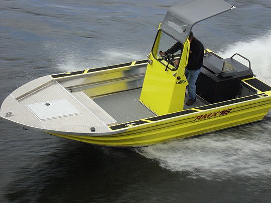 производство алюминиевых лодок ради мелководья