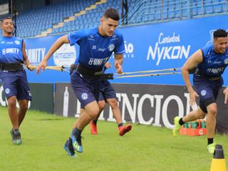 """Bartell acredita que pausa no Catarinense veio em momento oportuno: """"temos tempo para trabalhar"""""""