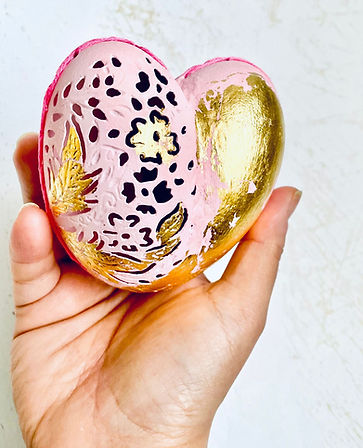 hatchfullyyours-Pink-gold-heart-valentin