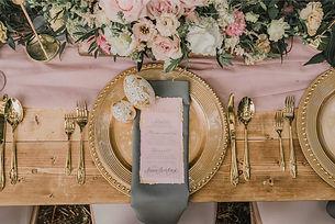 hatchfullyyours_wedding-gifts-unusual-ke