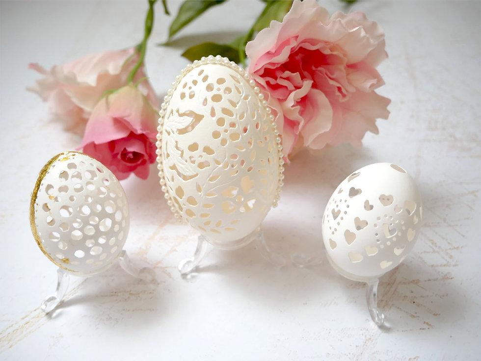 Hatchfullyyours_eggshellSculpturestrio.j
