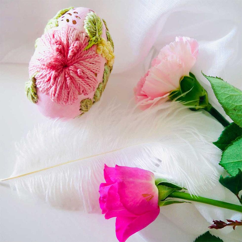 hatchfullyYours-handcarved-egg-special-g