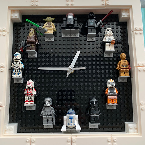Star Wars: Mini Figure Clock (DIY)