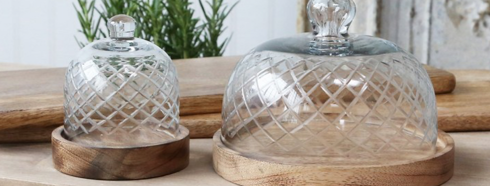 Mango Wood Plate With Cut Glass Dome