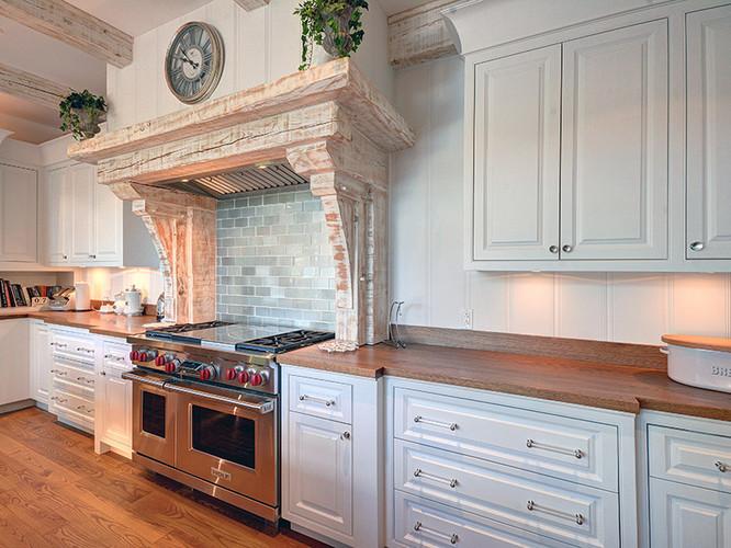 13 - Kitchen 5.jpg