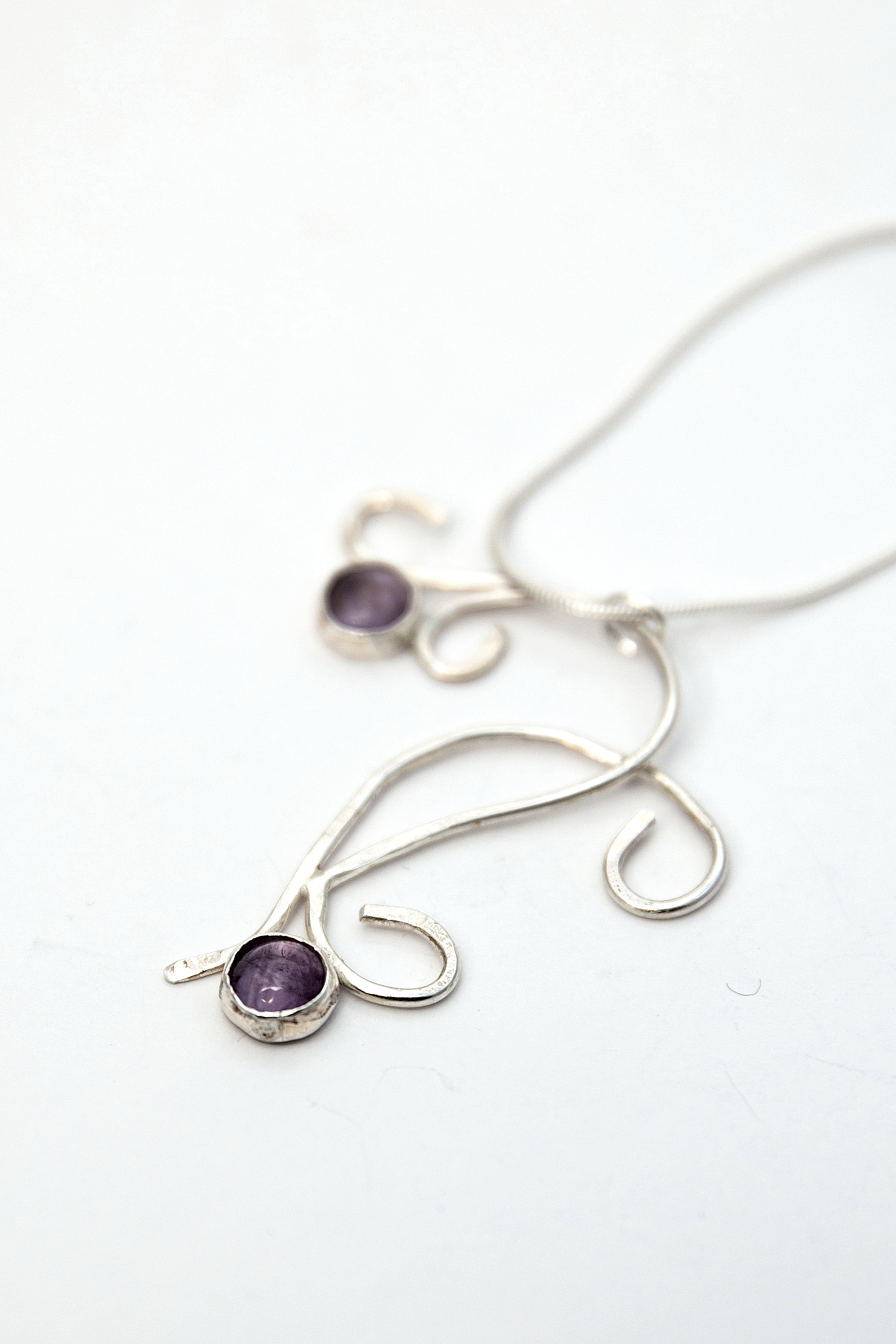 Amethyst tendril pendant 1