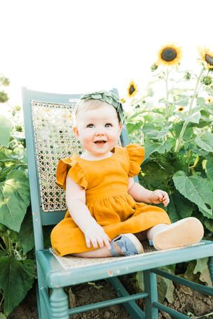 MadelineSunflowerMinis-21.jpg