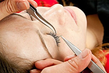 Individual Eyelash Extension Class JUN 8 @ 9am
