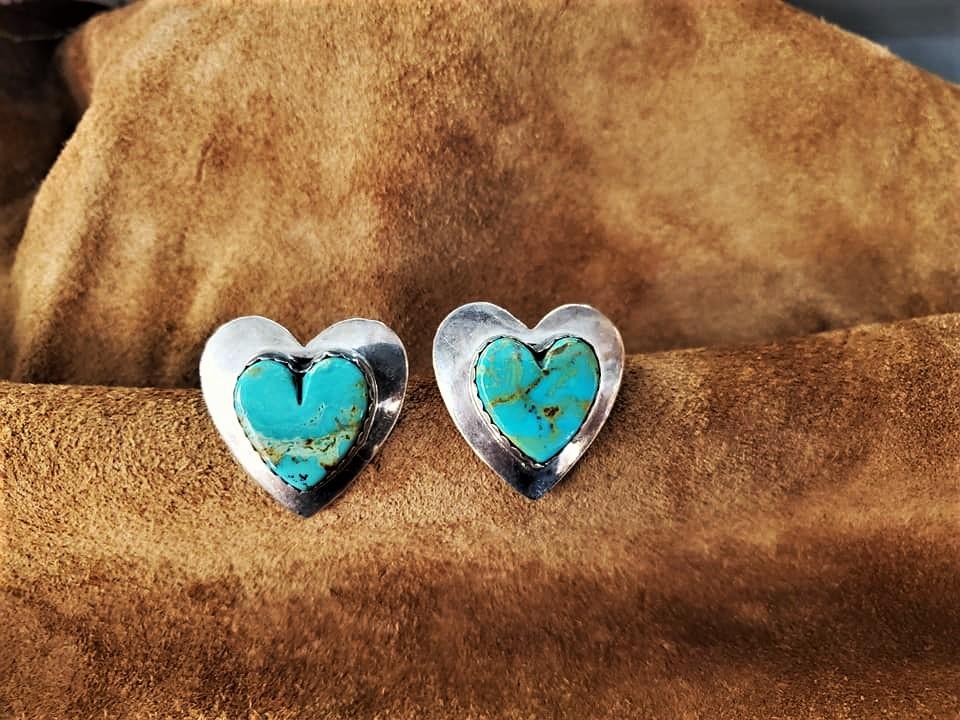 Navajo D. Ashley Heart Earrings