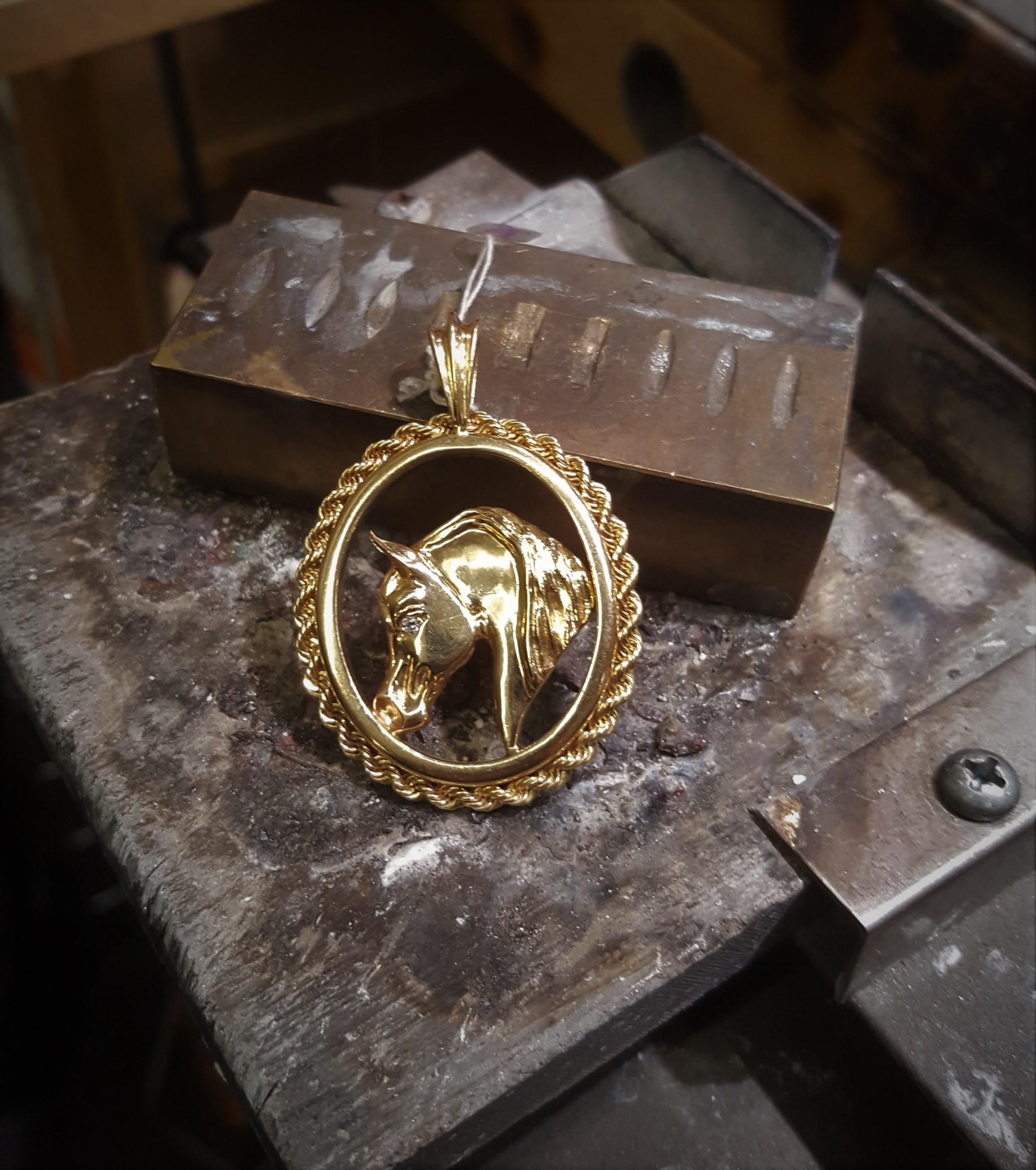 Equestrian Horse Pendant Diamond